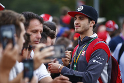 Antonio Giovinazzi, Haas F1 Team Team, signs autographs for fans