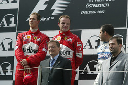 Podium: race winner Michael Schumacher, Ferrari, second place Rubens Barrichello, Ferrari, third place Juan Pablo Montoya, Williams