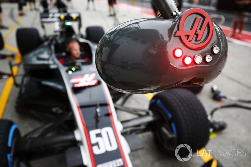 Haas F1 Team Team pit stop ışıkları