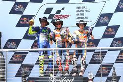 Подиум: победитель Марк Маркес, Repsol Honda Team, второе место Валентино Росси, Yamaha Factory Racing, третье место Дани Педроса, Repsol Honda Team