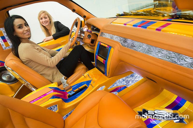 Le ragazze del Motor Show di Essen