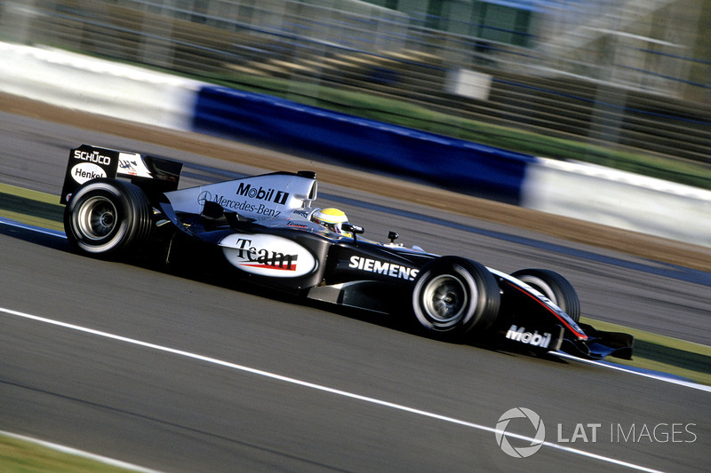 2004: McLaren MP4-19B Mercedes (одна победа, 5-е место в КК)