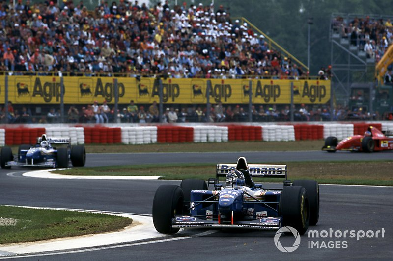 Damon Hill, Williams FW17 leads David Coulthard, Williams FW17