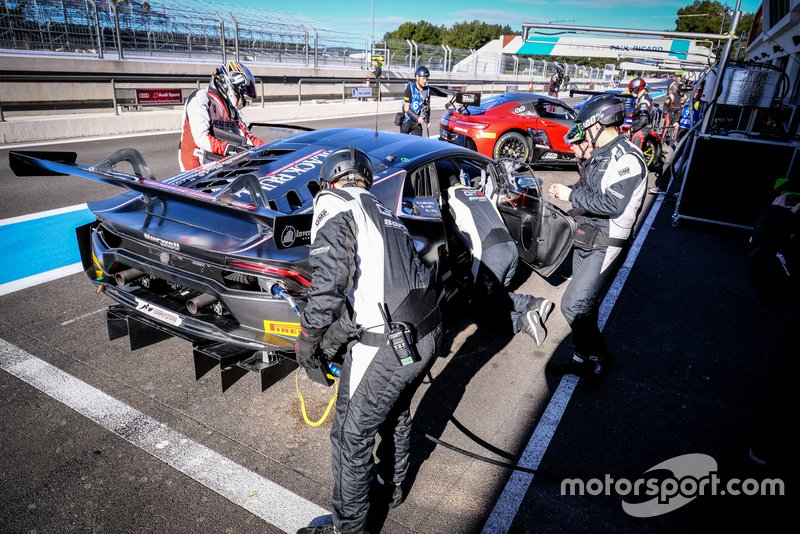 Blancpain GT March testing