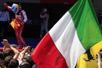 Fernando Alonso, Ferrari celebra en Parc Ferme