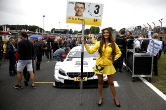 La grid girl di Paul Di Resta, Mercedes-AMG Team HWA