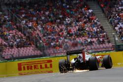 Esteban Gutiérrez, Haas F1 Team VF-16 saca chispas