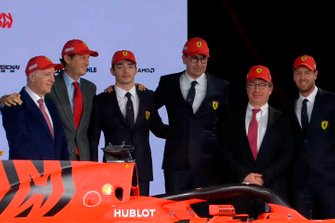 Charles Leclerc, Ferrari, Sebastian Vettel, Ferrari y miembros de Ferrari