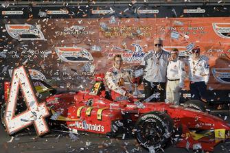Sebastien Bourdais, Newman Haas Lanigan Racing los dueños del equipo Mike Lanigan, Paul Newman y Carl Haas