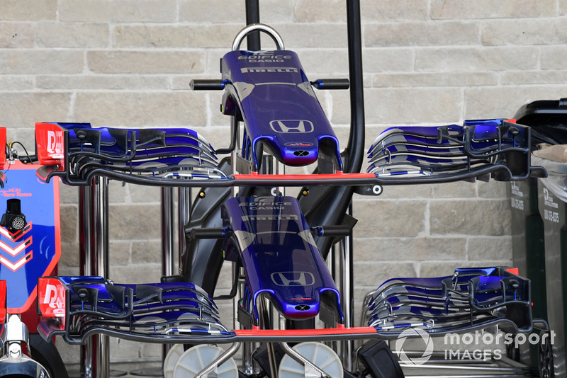 Morro y alerones del Scuderia Toro Rosso STR13