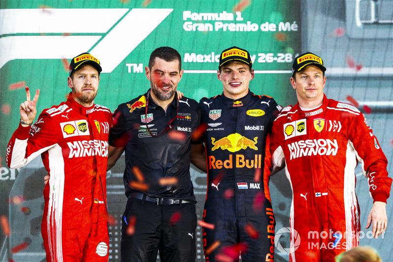 Na corrida que coroou Lewis Hamilton pentacampeão da Fórmula 1, Verstappen largou em segundo, disparou na frente logo na largada, dominou a corrida de ponta a ponta e cruzou a linha de chegada na frente de Vettel e Raikkonen