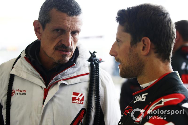 Romain Grosjean, Haas F1 Team, Guenther Steiner, Team Principal, Haas F1