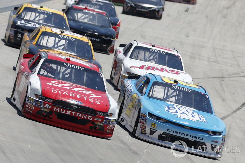 Ryan Reed, Roush Fenway Racing, Ford; Daniel Hemric, Richard Childress Racing, Chevrolet