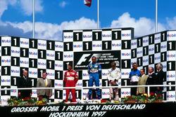 Podium: 1. Gerhard Berger, Benetton; 2. Michael Schumacher, Ferrari; 3. Mika Hakkinen, McLaren