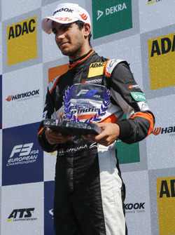 Rookie Podium: third place Jehan Daruvala, Carlin, Dallara F317 - Volkswagen