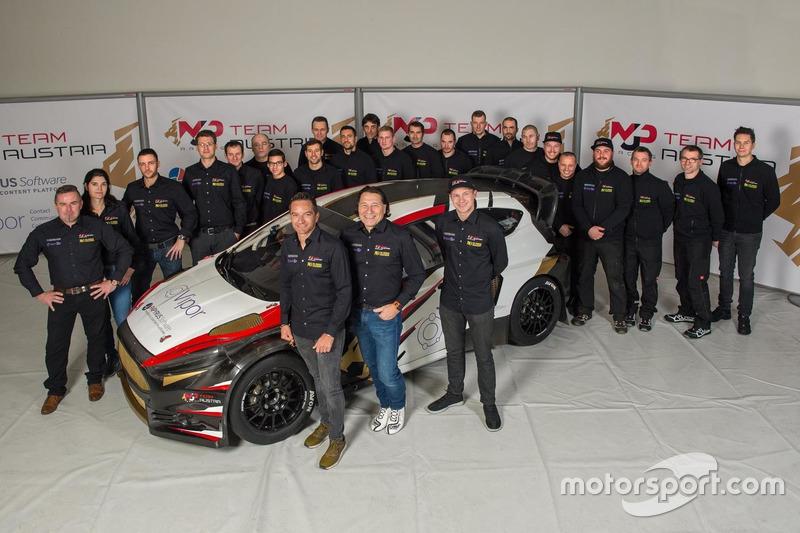Kevin Ericsson, Timo Scheider y Max Pucher, Ford Fiesta, MJP Racing Team Austria con el equipo