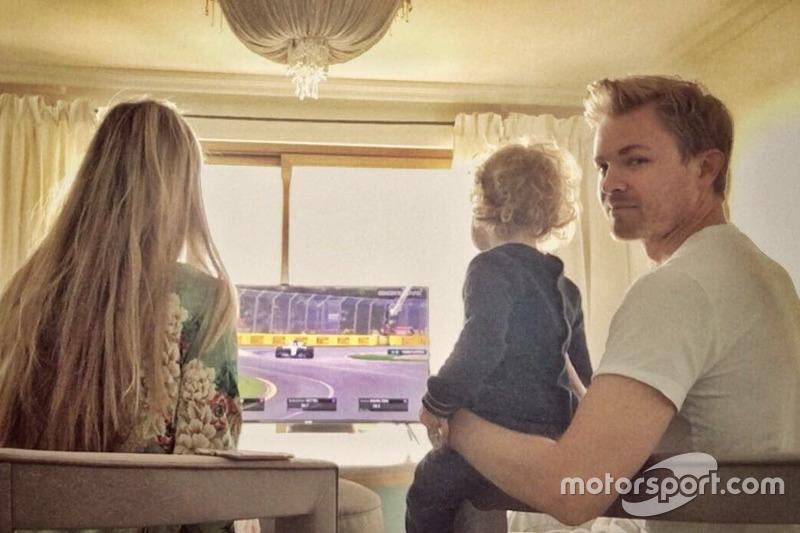 Nico Rosberg ve el GP de Australia con su familia