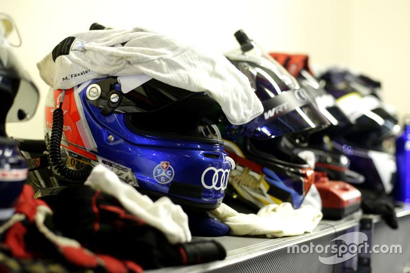 Casco de Marcel Fässler, Belgian Audi Club WRT