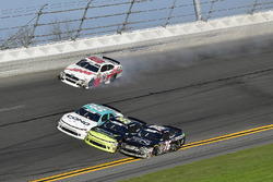 Cole Custer, Stewart-Haas Racing with Biagi-Denbeste Racing, Haas Automation Ford Mustang spins in turn three