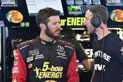 Martin Truex Jr., Furniture Row Racing, Toyota Camry 5-hour ENERGY/Bass Pro Shops, Cole Pearn