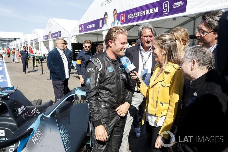 Nico Rosberg, wawancara dengan Nicki Shields