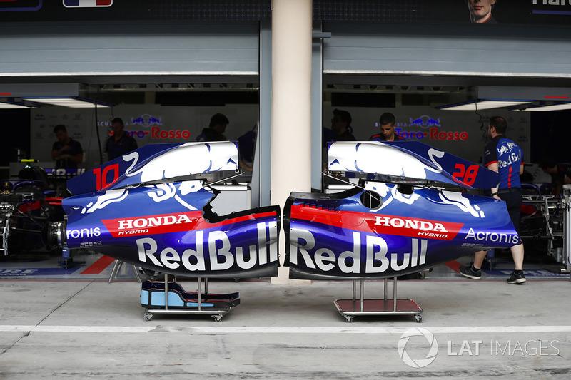Капоти Toro Rosso STR13 Honda