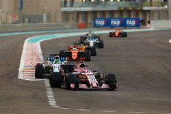 Esteban Ocon, Sahara Force India F1 VJM10, Felipe Massa, Williams FW40, Fernando Alonso, McLaren MCL32, Carlos Sainz Jr., Renault Sport F1 Team RS17