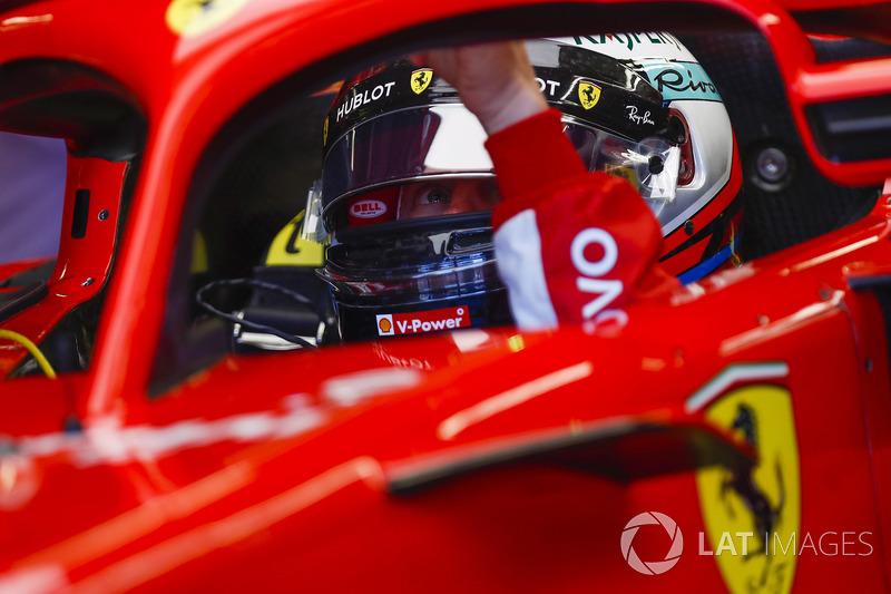 Kimi Raikkonen, Ferrari, nell'abitacolo della sua monoposto
