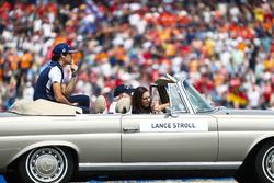 Lance Stroll, Williams Racing, tijdens de rijdersparade