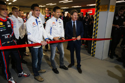 WRC drivers, including Thierry Neuville, Julien Ingrassia and Sébastien Ogier, open the show