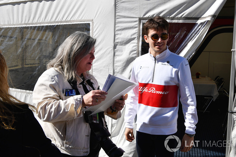 Charles Leclerc, Alfa Romeo Sauber F1 Team and fans