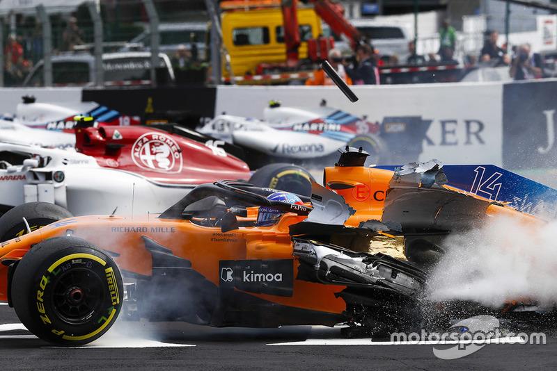 Стартовый завал на Гран При Бельгии