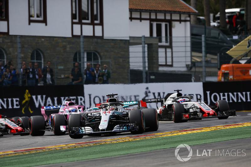 Mercedes'le 111, McLaren'la 110