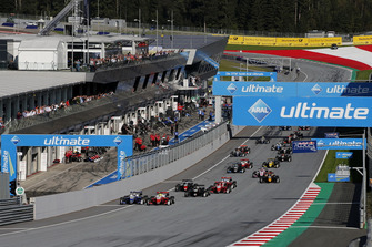 Partenza della gara, Robert Shwartzman, PREMA Theodore Racing Dallara F317 - Mercedes-Benz, Mick Schumacher, PREMA Theodore Racing Dallara F317 - Mercedes-Benz