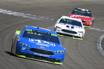 Ryan Blaney, Team Penske, Ford Fusion PPG, Kevin Harvick, Stewart-Haas Racing, Ford Fusion Mobil 1, Kurt Busch, Stewart-Haas Racing, Ford Fusion Haas Automation