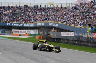 Карлос Сайнс, Renault F1 Team
