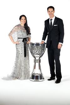 NASCAR Cup-Champion 2018: Joey Logano, Team Penske, mit Ehefrau Brittany