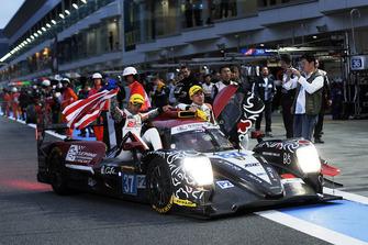 Vainqueurs LMP2 : #37 Jackie Chan DC Racing Oreca 07 Gibson: Jazeman Jaafar, Weiron Tan, Nabil Jeffri