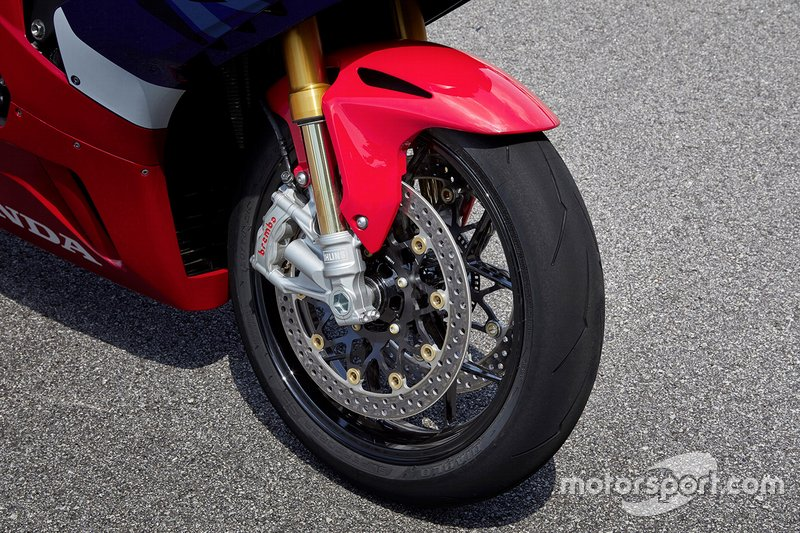 Présentation de la Honda CBR1000RR-R