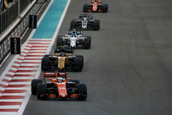 Fernando Alonso, McLaren MCL32, Nico Hulkenberg, Renault F1 Team RS17, Lance Stroll, Williams FW40,