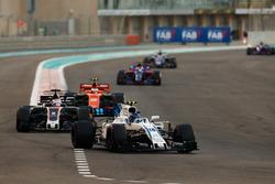 Ленс Стролл, Williams FW40, Ромен Грожан, Haas F1 Team VF-17, Стоффель Вандорн, McLaren MCL32