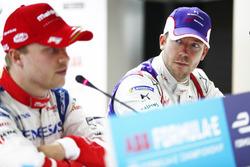 Felix Rosenqvist, Mahindra Racing, Sam Bird, DS Virgin Racing, en la conferencia de prensa