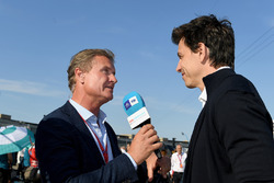 David Coulthard, TV Presenter, interviews Toto Wolff, Executive Director (Business), Mercedes AMG