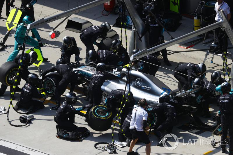 6º Mercedes (2:15)