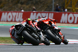 Lorenzo Savadori, Milwaukee Aprilia, Chaz Davies, Aruba.it Racing-Ducati SBK Team