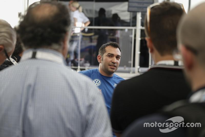 Mecánico de Volkswagen Motorsport