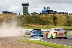 Andrew Jordan, Motorbase Performance; Jake Hill, RCIB Insurance Racing