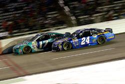Ricky Stenhouse Jr., Roush Fenway Racing Ford and Chase Elliott, Hendrick Motorsports Chevrolet
