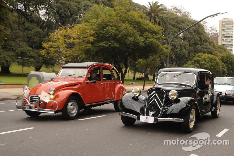 Citroën 2CV e Citroën Traction Avant in Buenos Aires