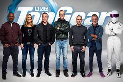 Die Moderatoren von Top Gear: Rory Reid, Sabine Schmitz,  Matt LeBlanc, Chris Evans, Chris Harris, Eddie Jordan und The Stig